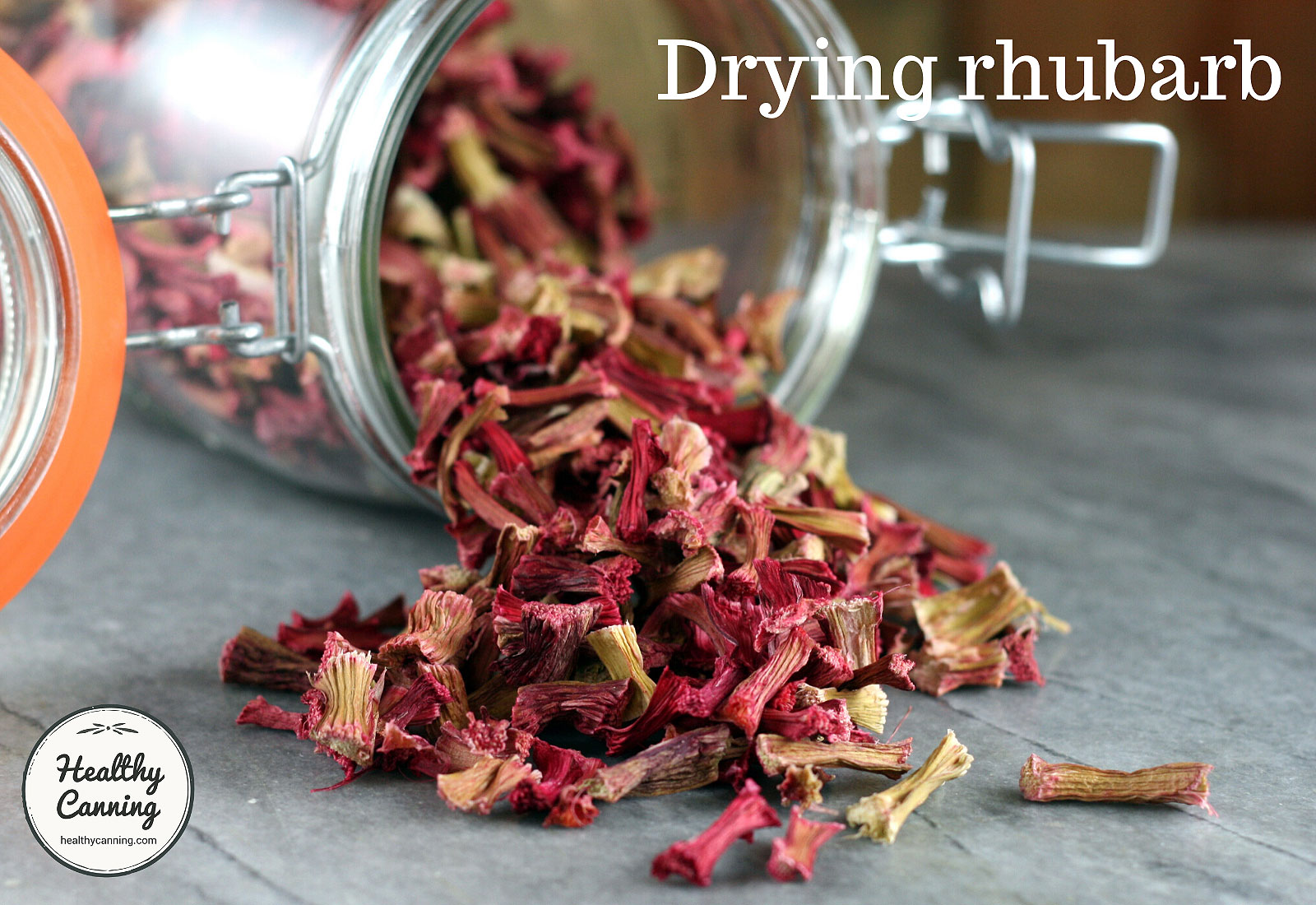 Dried rhubarb pieces