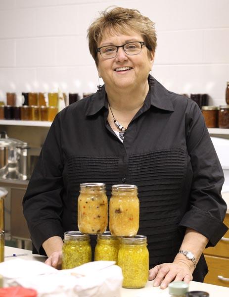 Elizabeth-Andress-jars