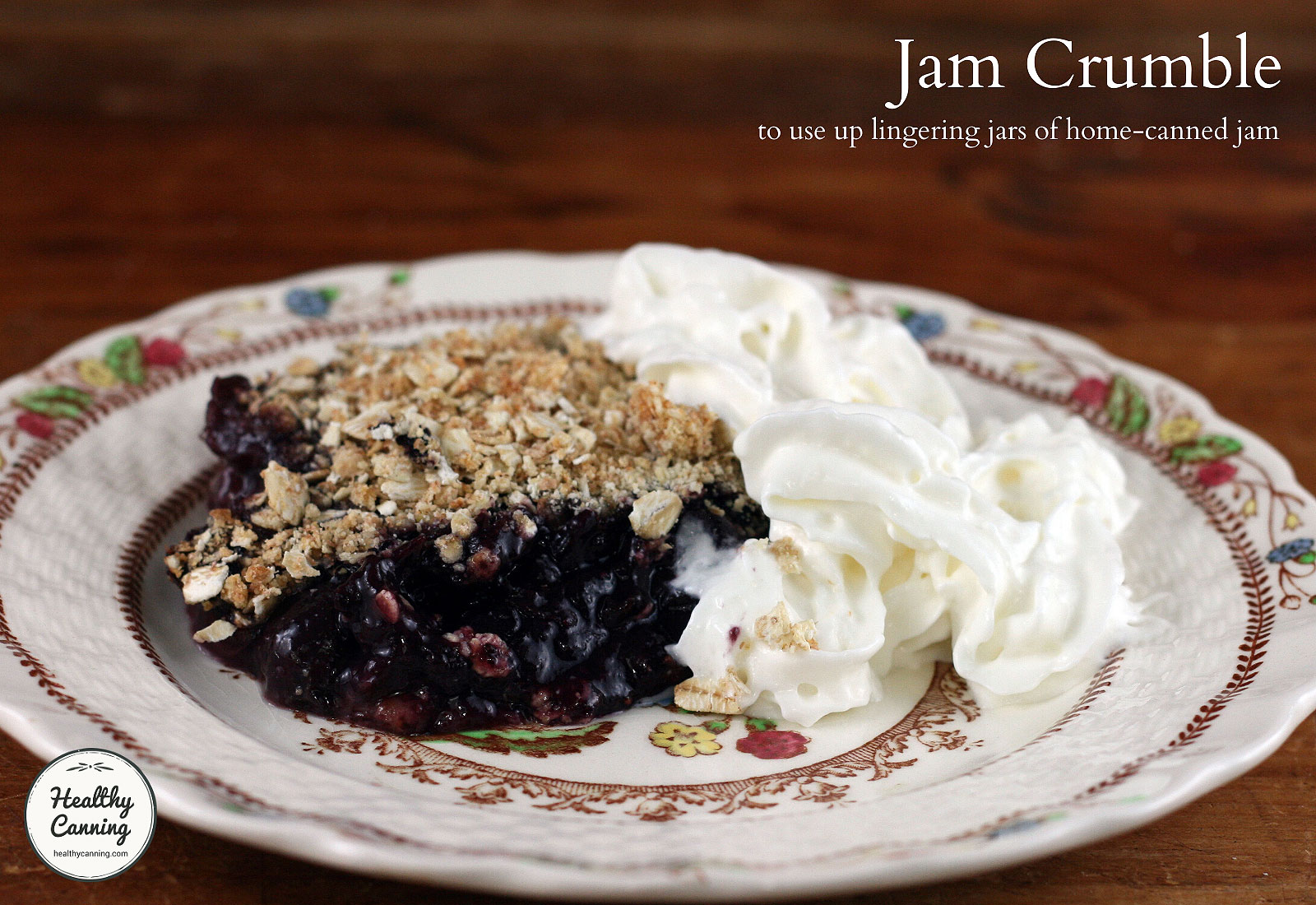 Jam crumble with whipped cream