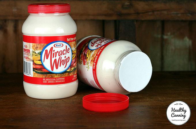 mayo-mason-jar-storage-lids-105