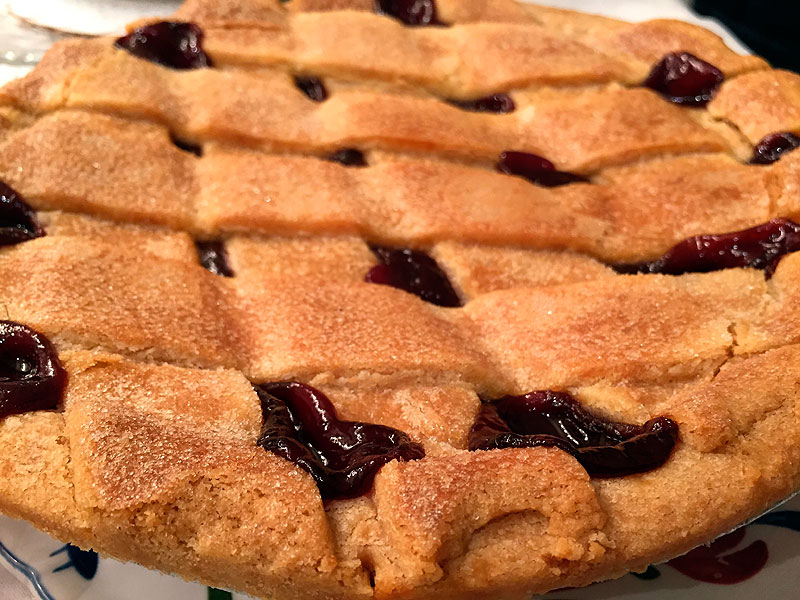 Strawberry Pie. Michael Shivili / Pixabay.com / 2014/ CC0 1.0